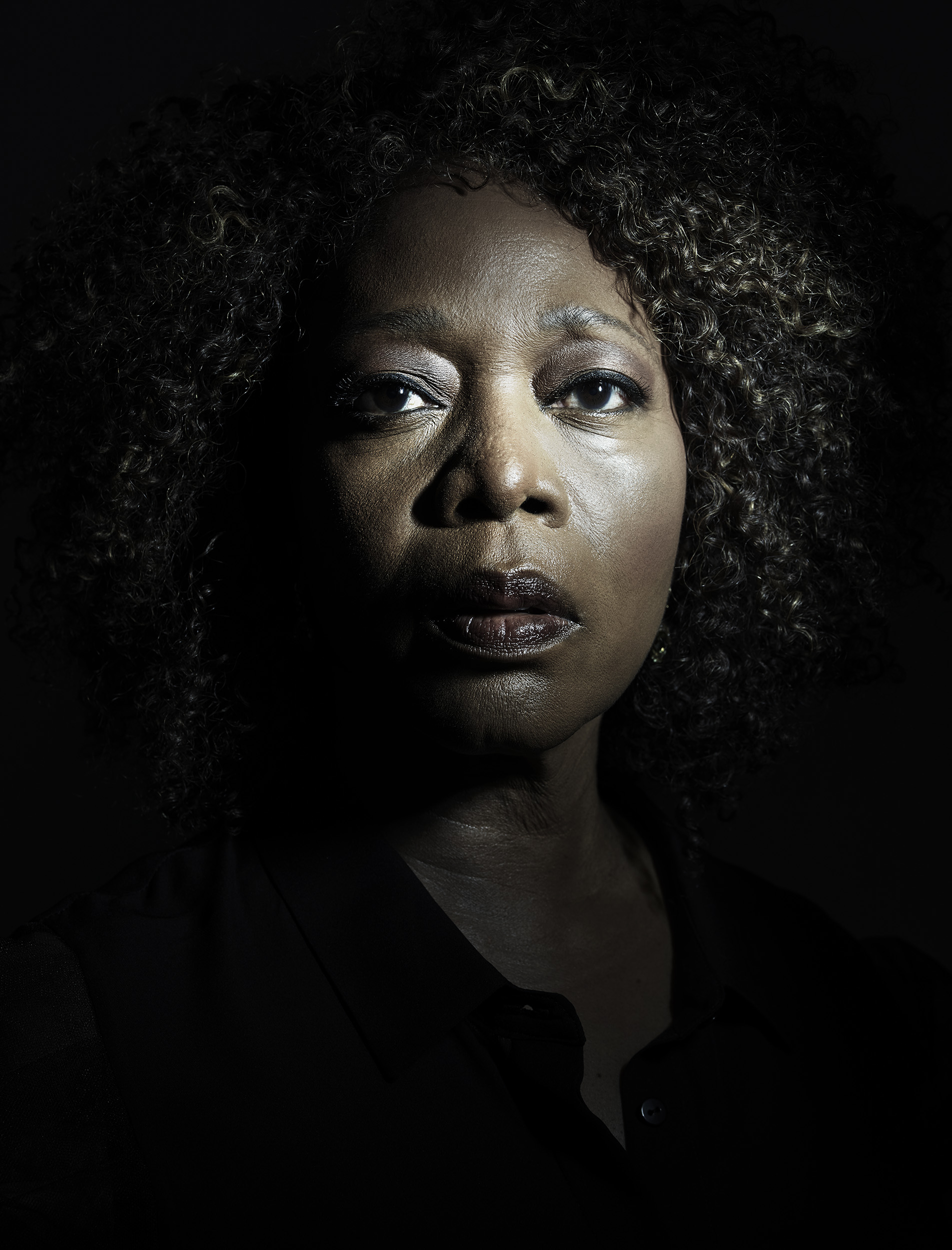 Alfre_Woodard_by-Robert-Ascroft-05