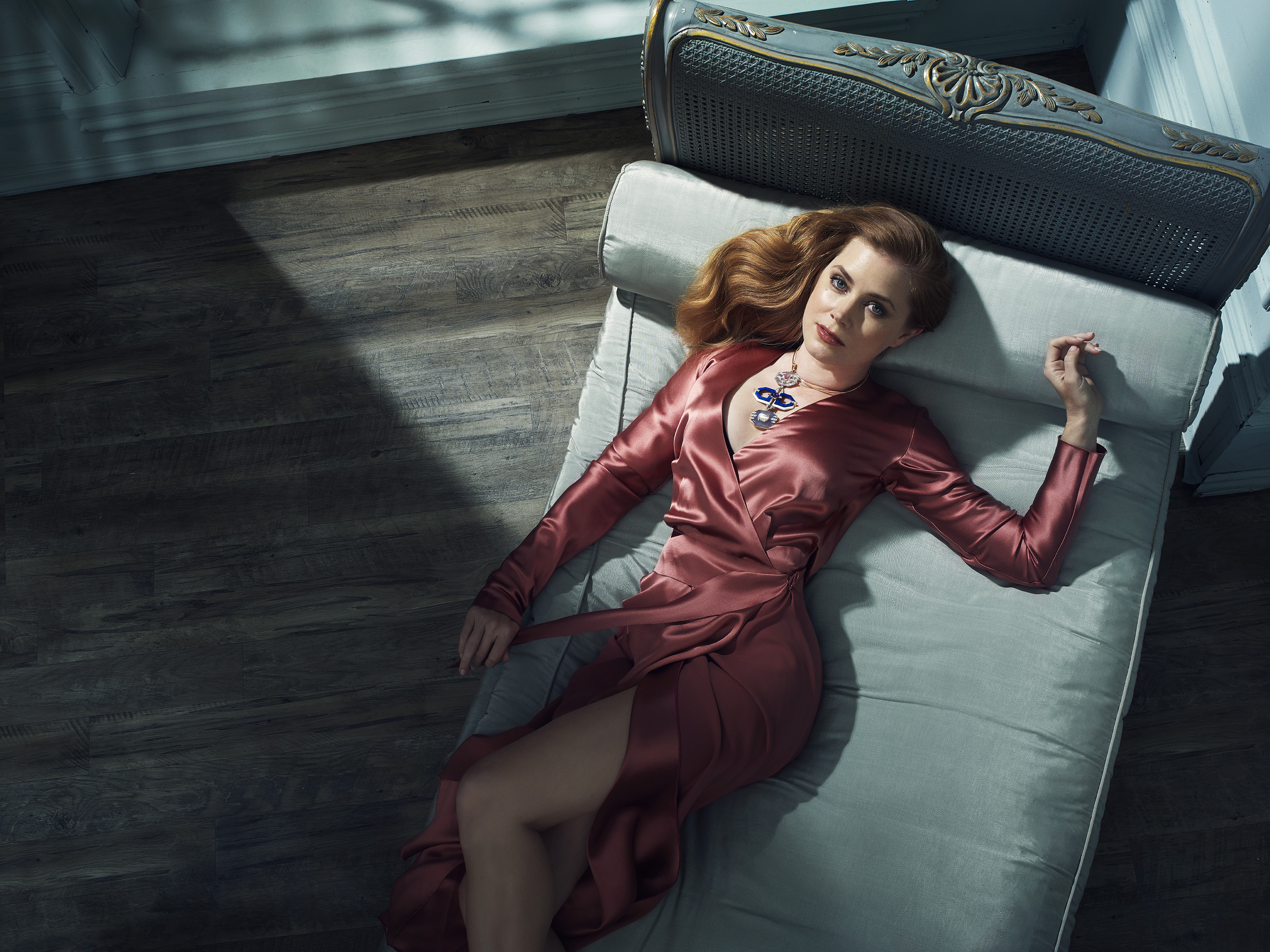 Amy-Adams-by-Robert-Ascroft-03