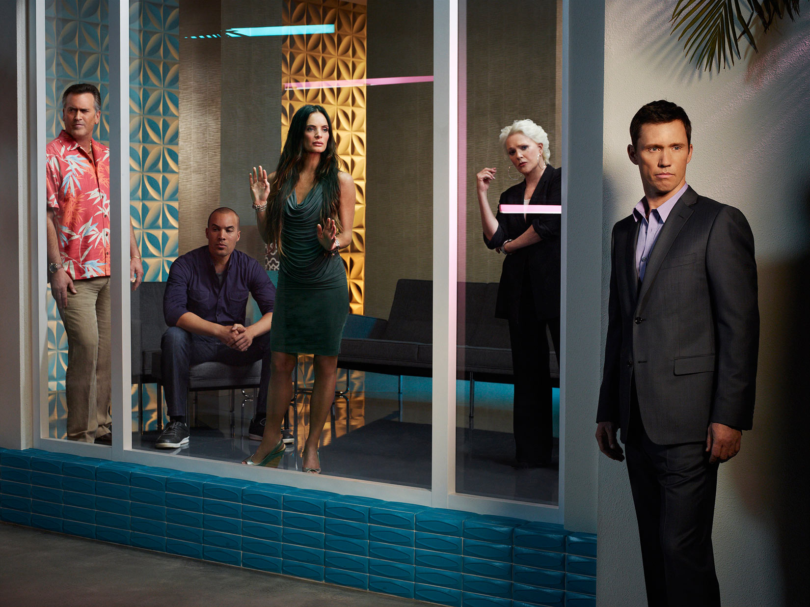 Burn-Notice-Cast-by-Robert-Ascroft.jpg