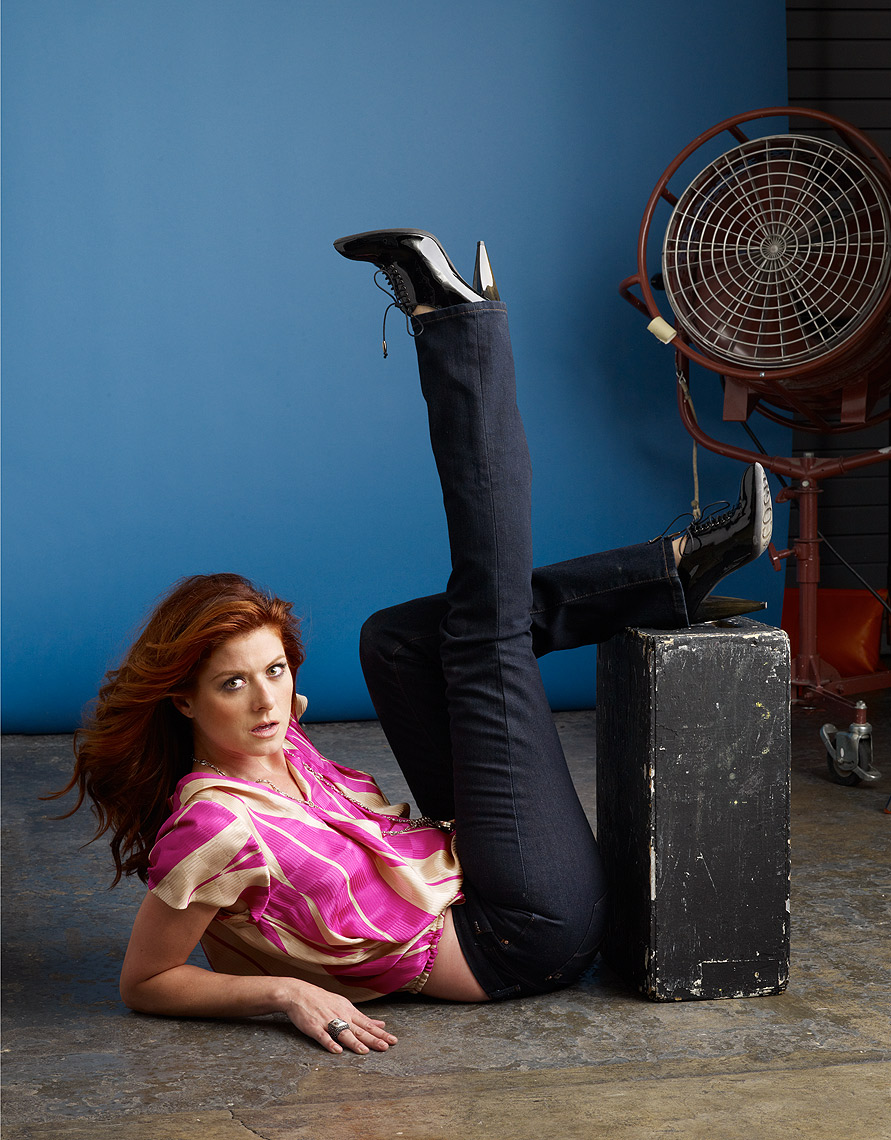 Debra-Messing-by-Robert-Ascroft-01.jpg