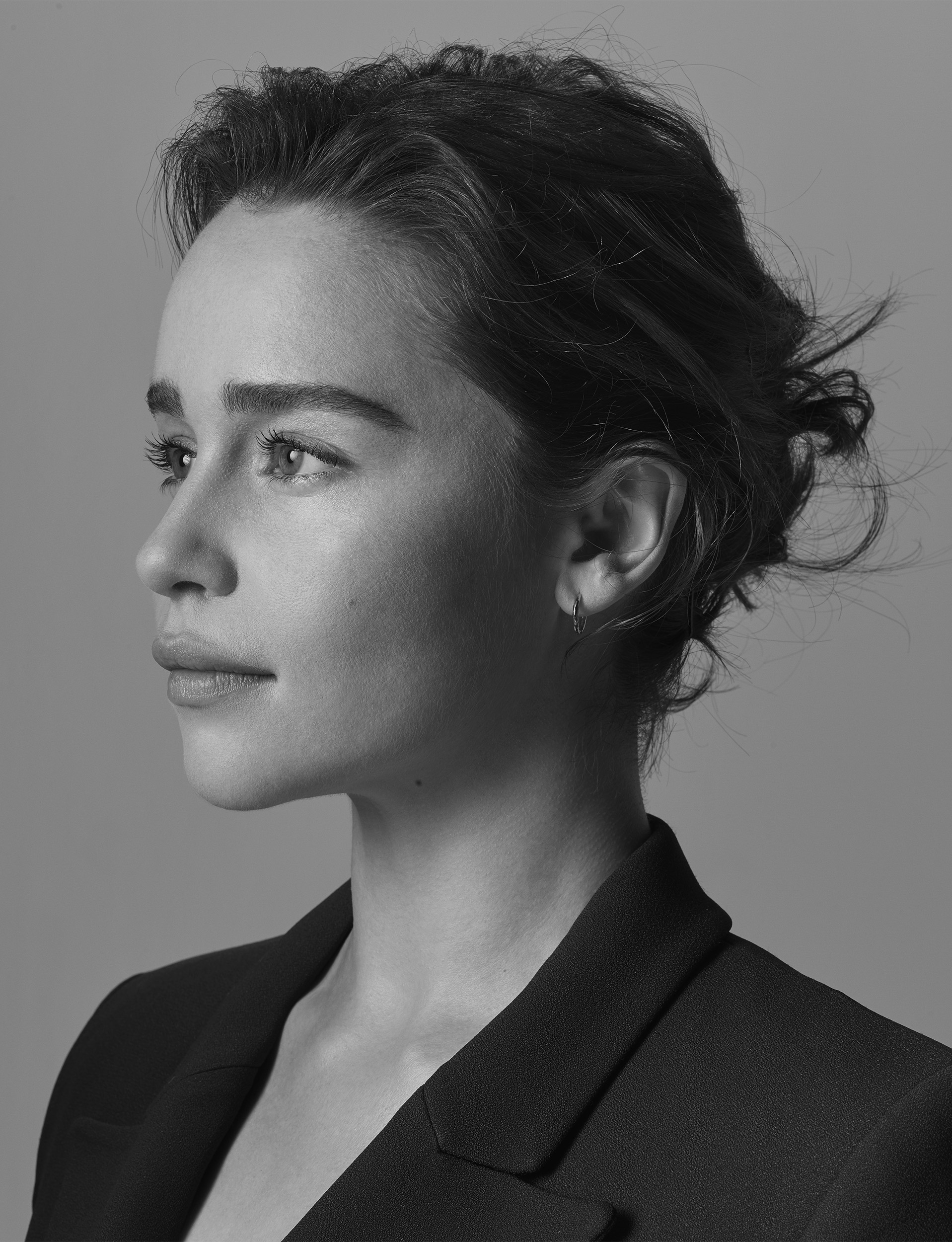 Emilia-Clarke-by-Robert-Ascroft-02