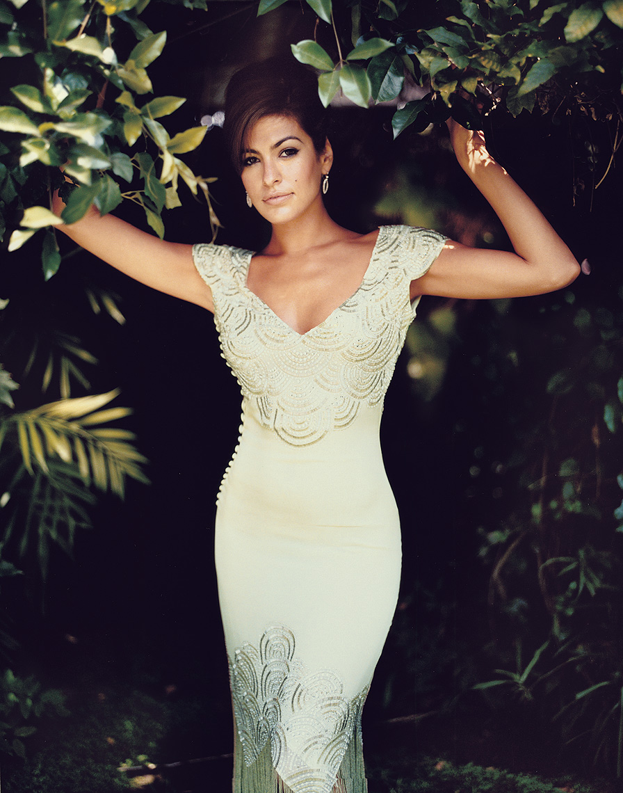 Eva-Mendes-by-Robert-Ascroft