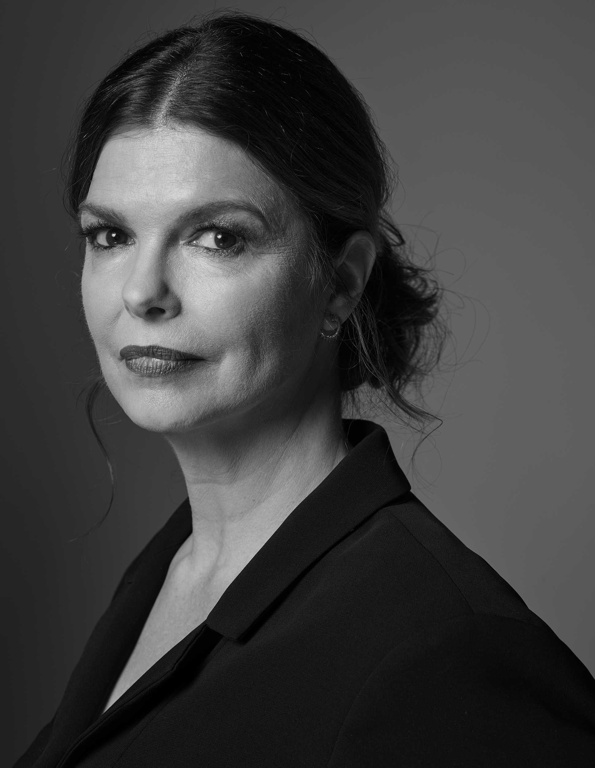Jeanne-Tripplehorn-by-Robert-Ascroft