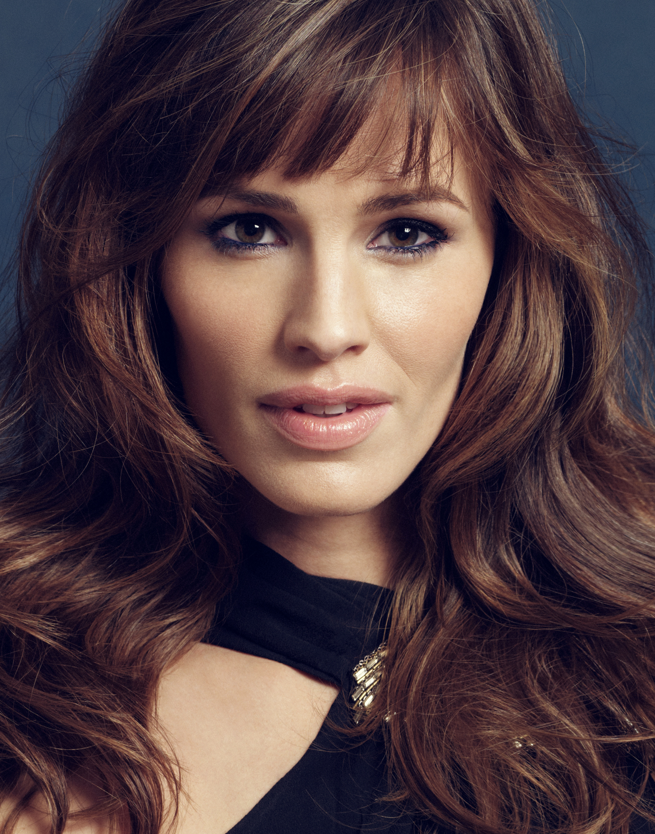 Jennifer-Garner-by-Robert-Ascroft-DUP.jpg