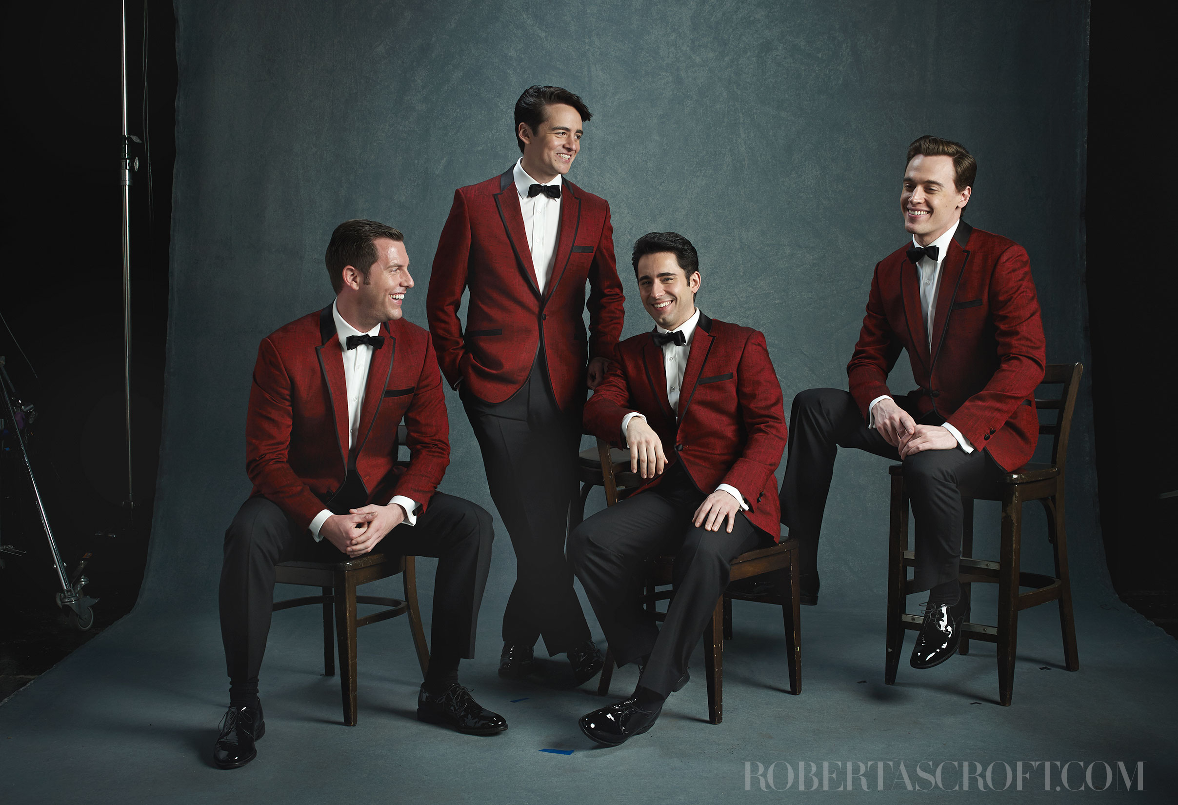 Jersey-Boys-by-Robert-Ascroft