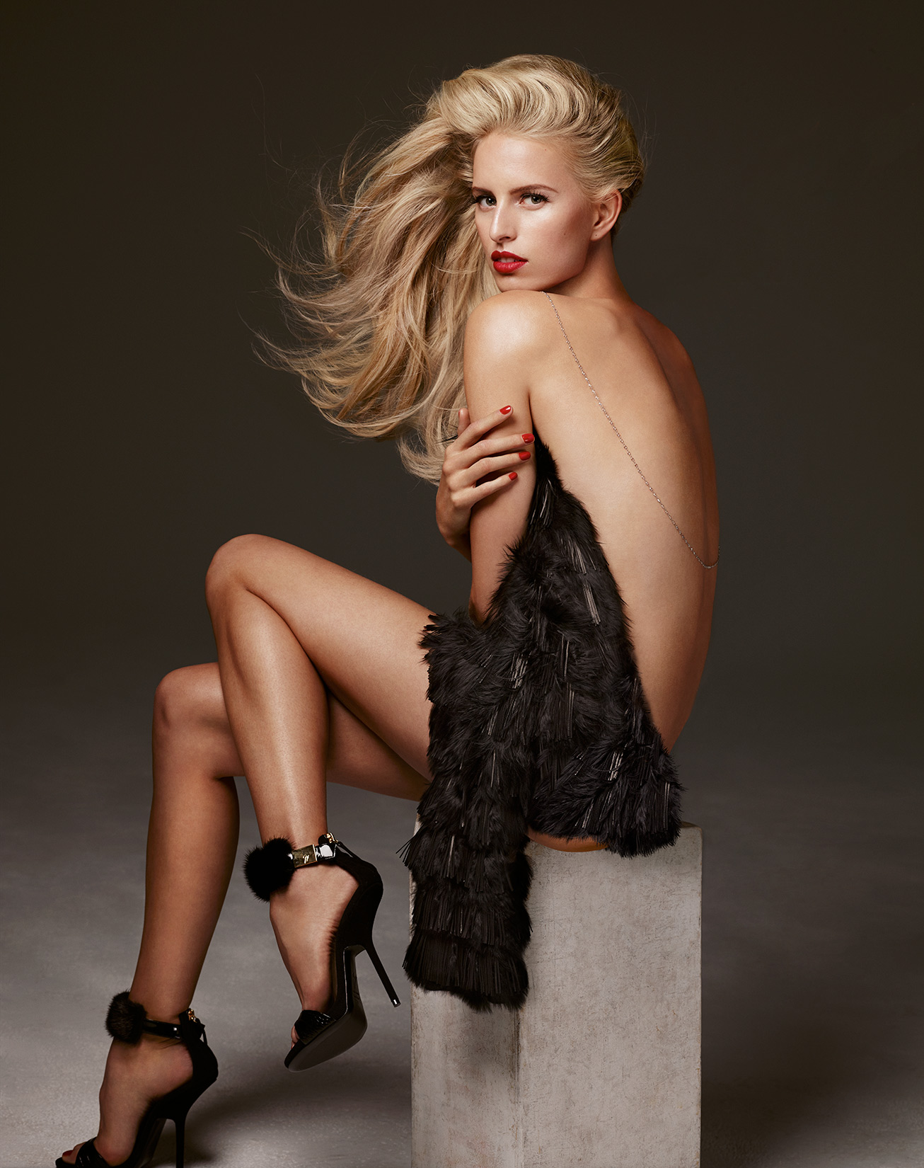Karolina-Kurkova-by-Robert-Ascroft
