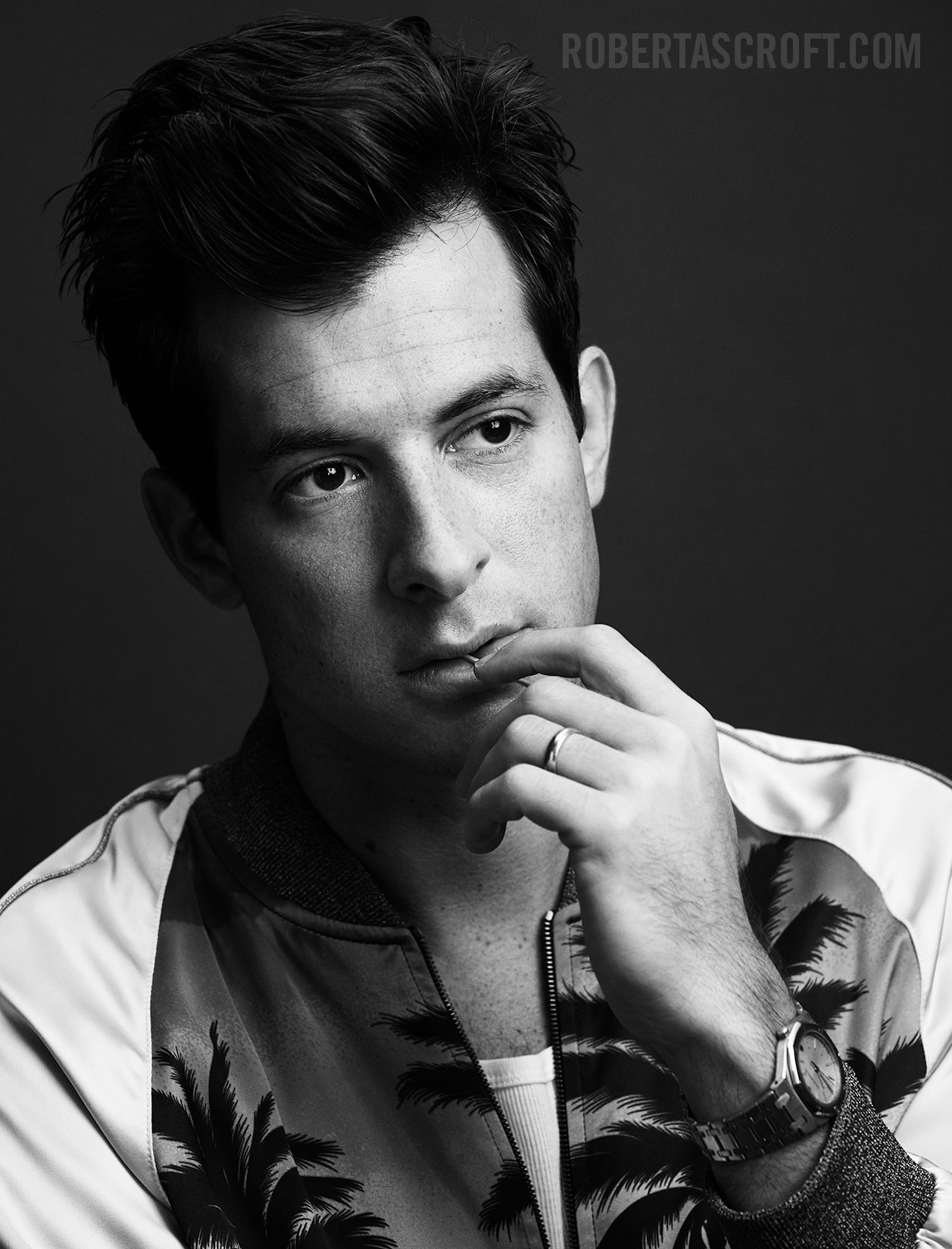Mark-Ronson-by-Robert-Ascroft-02