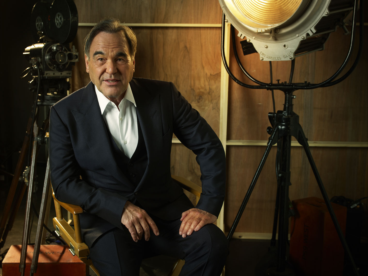 Oliver-Stone-by-Robert-Ascroft-01-DUP.jpg