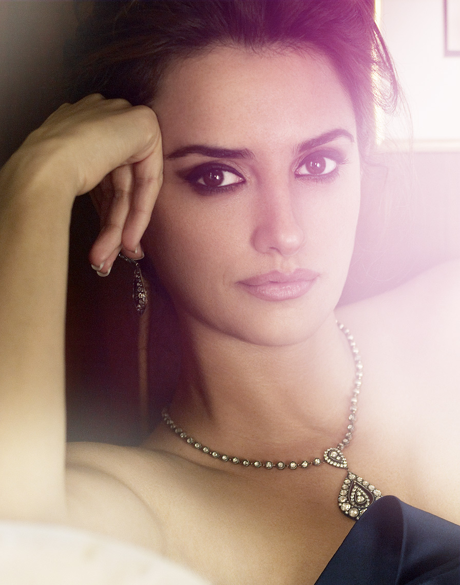 Penelope-Cruz-by-Robert-Ascroft-03.jpg