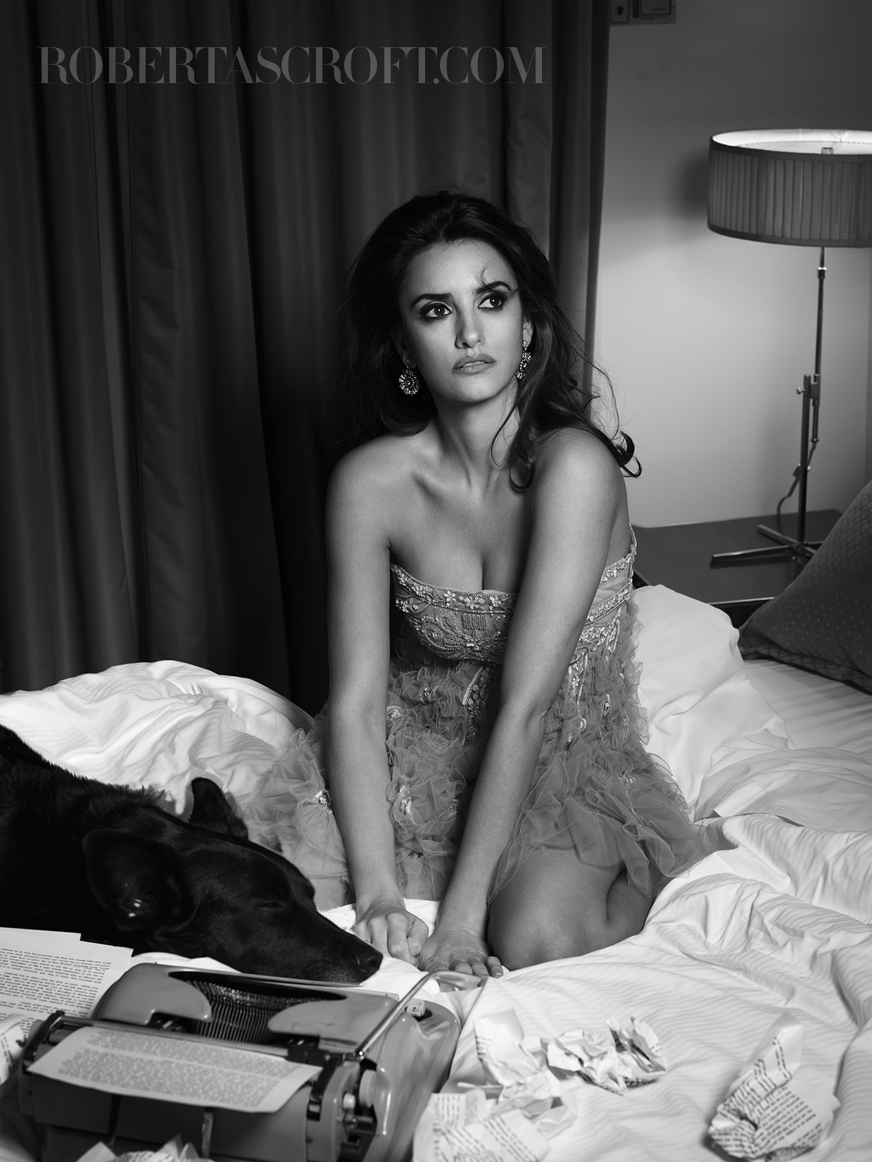 Penelope-Cruz-by-Robert-Ascroft-09