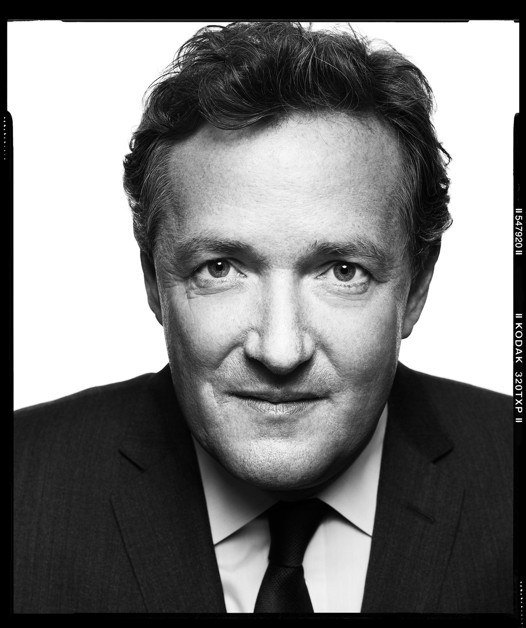 Piers_Morgan-by-Robert-Ascroft-06