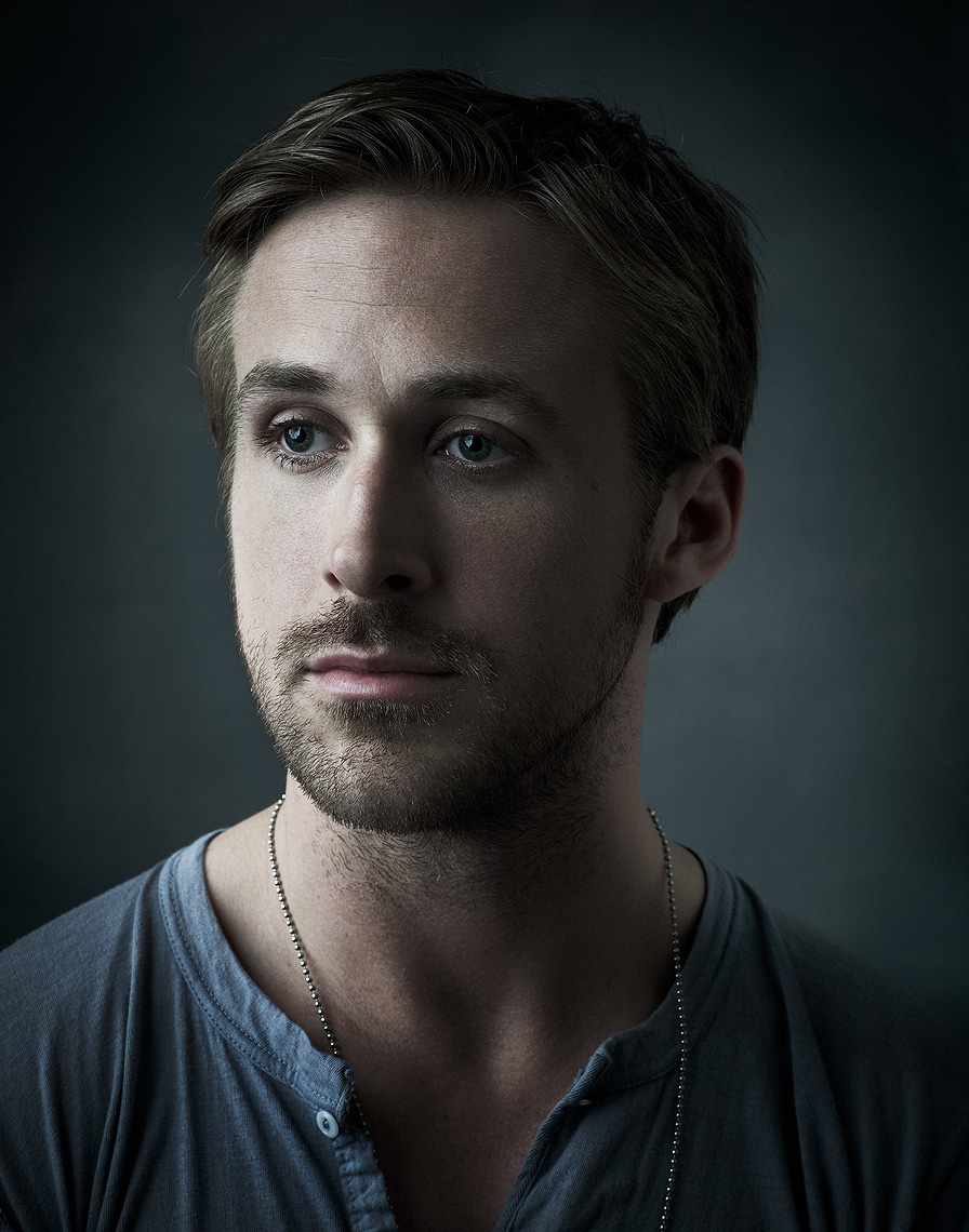 RYAN-Gosling-by-Robert-Ascroft-02.jpg