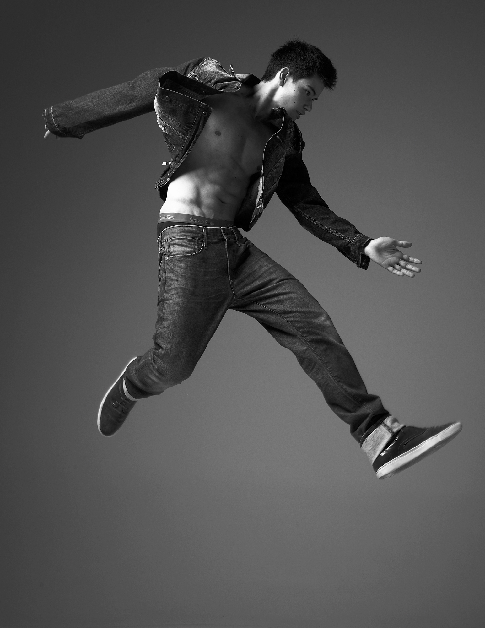 Robert-Ascroft-Jump-09
