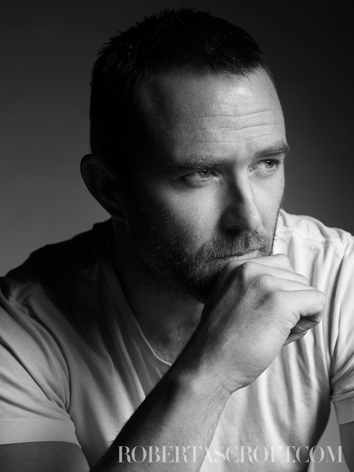 SULLIVAN-STAPLETON-by-Robert-Ascroft