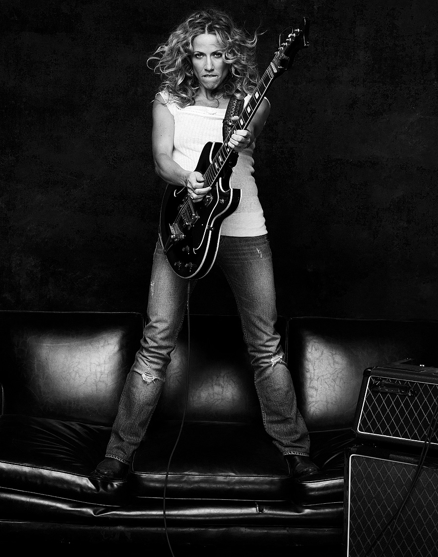 Sheryl-Crow-by-Robert-Ascroft.jpg