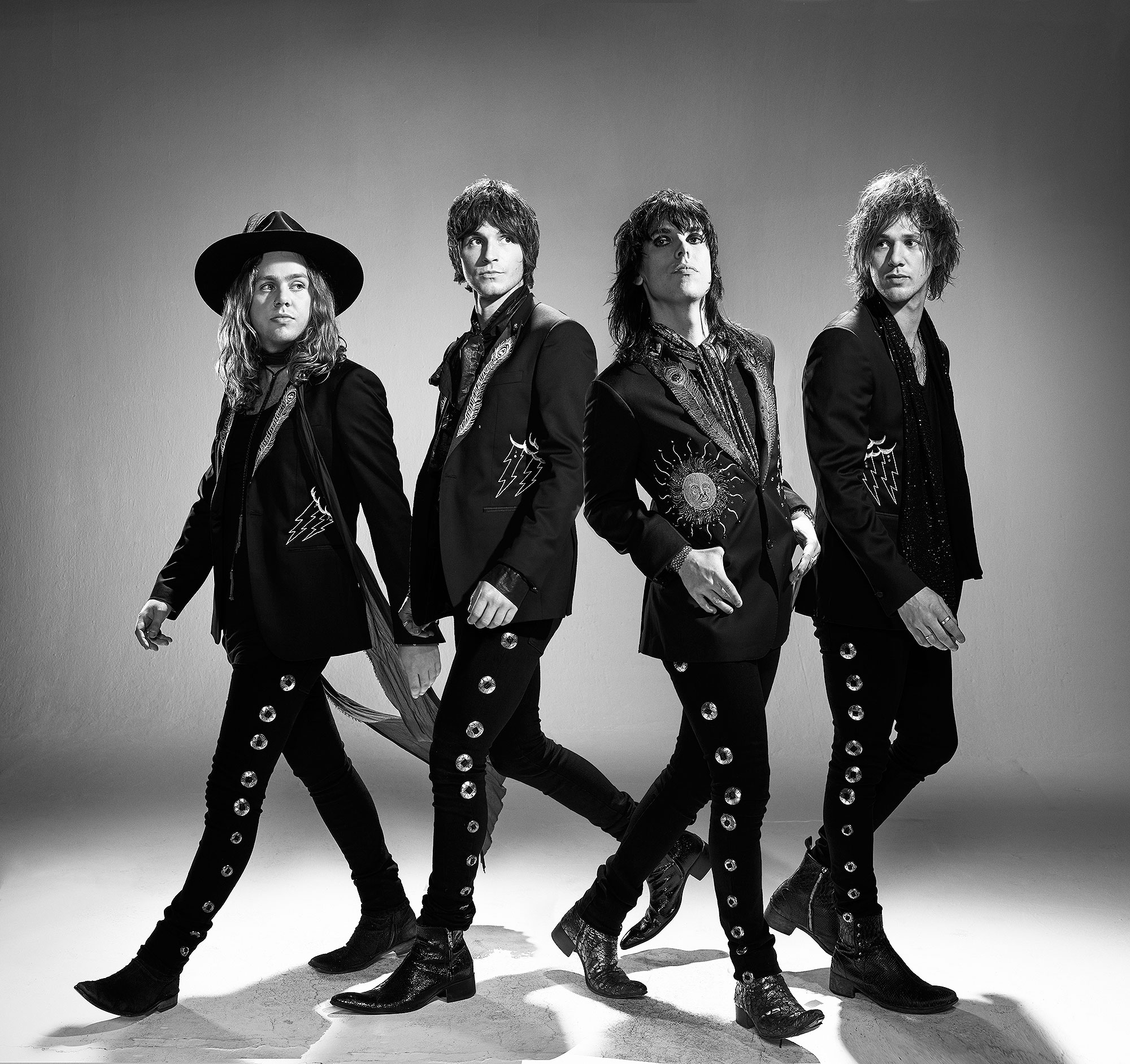 The-Struts-by-Robert-Ascroft