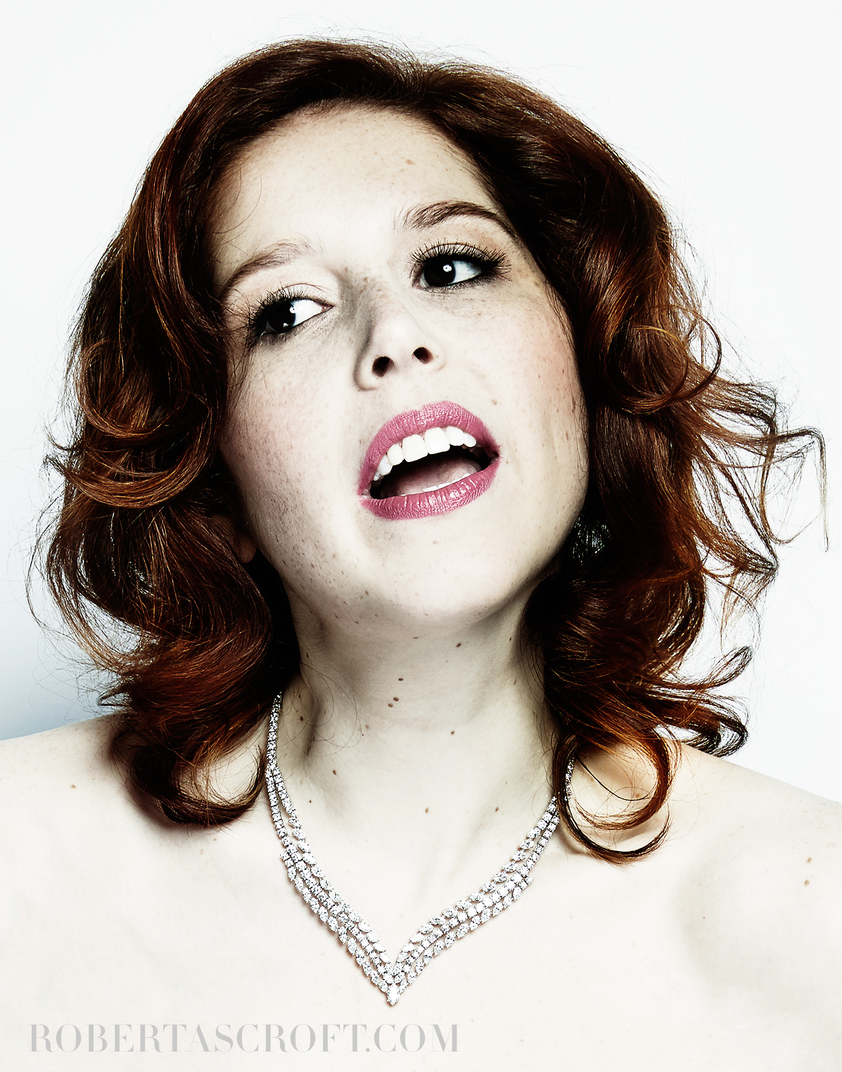 VANESSA-BAYER-BY-ROBERT-ASCROFT